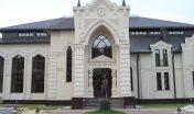 Фасады из белого известника